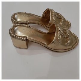 Chanel-Mules-Golden