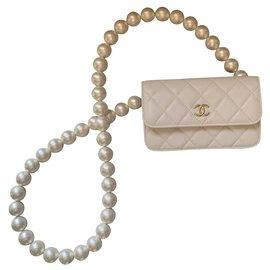 Chanel-White Maxi Pearl Strap calf leather Clutch-White
