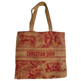 Dior-Cabas-Rouge
