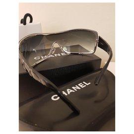 Chanel-Montaigne-Black,Navy blue
