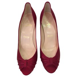 Christian Louboutin-Pumps-Red