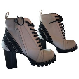 Louis Vuitton-STAR TRAIL BOOTS / Current model-White