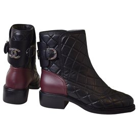 Chanel-CC Logo Quilted Ankle Boots-Black