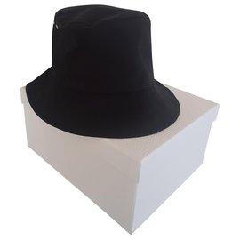 Dior-Chapeau Dior-Noir