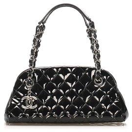 Chanel-Sac bowling en cuir verni noir Mademoiselle Chanel-Noir