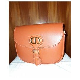 Christian Dior-Dior Bobby Bag 30 Montaigne-Caramel