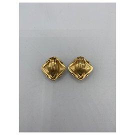 Chanel-Ruban de boucles d'oreilles en métal doré Chanel-Doré