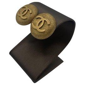 Chanel-Boucles d'oreilles Chanel en métal doré logo Sphere-Doré