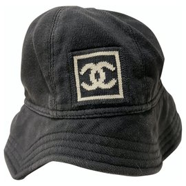 Chanel-Bob-Noir