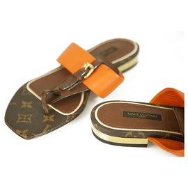 Louis Vuitton-Louis Vuitton Brown Monogram Canvas Orange Leather Voyage Flat Thong Sandals 37,5-Brown,Orange
