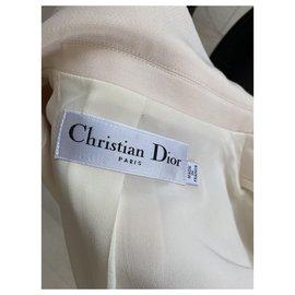 Dior-Bar-Blanc