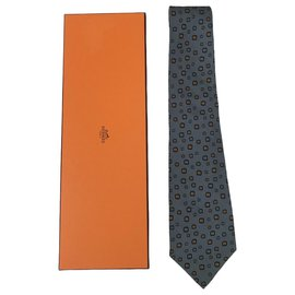 Hermès-Ties-Grey