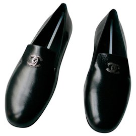 Chanel-CHANEL New black shiny leather Loafers T41-Black