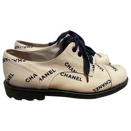 Chanel-Lace ups-Black,Beige