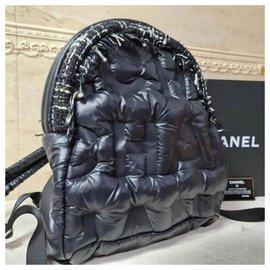 Chanel-Chanel Medium Doudoune Nylon Tweed Coco Neige Backpack-Black