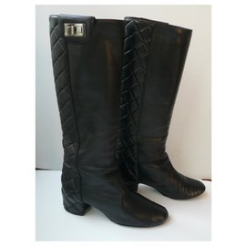 Chanel-CHANEL Quilted black leather boots T37,5 correct condition-Black