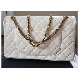 Chanel-Reissue 226-White
