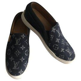 Louis Vuitton-Lace ups-Blue