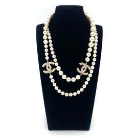 Chanel-Classic Chanel lined strand pearl necklace-Golden