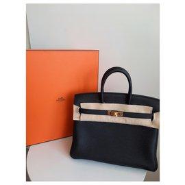 Hermès-Birkin 25-Black