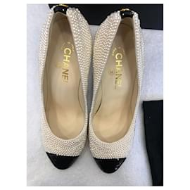 Chanel-Pumps-Other