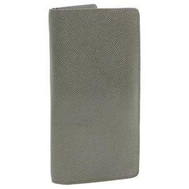 Louis Vuitton-LOUIS VUITTON Taiga Portefeuille Brazza Long Wallet Gracie M32653 auth 18815-Grey