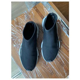 Balenciaga-Sneakers-Black
