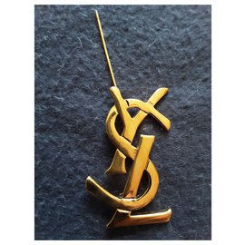Yves Saint Laurent-YVES SAINT LAURENT.  Logo brooch.-Gold hardware