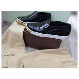 Louis Vuitton-Louis Vuitton Black Patent Leather Gold Studded  Slip On Sneakers-Black