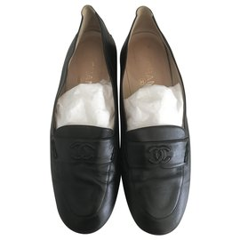 Chanel-Leather loafers-Black