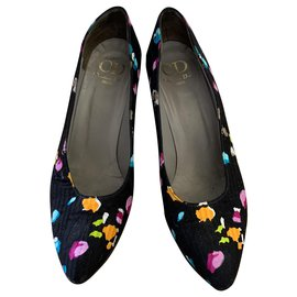 Christian Dior-Vintage Christian Dior pumps in fabric-Black,Multiple colors