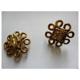 Yves Saint Laurent-Baroque clips.-Golden