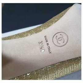 Chanel-CHANEL Gold Sequins Heels Shoes Sz.38,5 auth-Golden