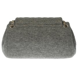 Chanel-Lovely Chanel Classic accordion bag in partially quilted gray wool, Garniture en métal argenté-Grey