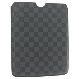 Louis Vuitton-Louis Vuitton Etui iPad-Grey