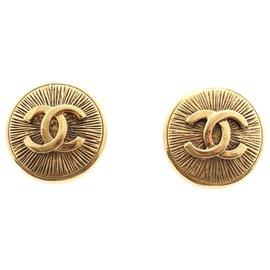 Chanel-Earrings-Golden,Gold hardware