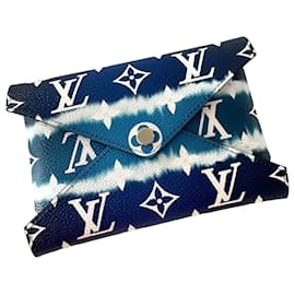 Louis Vuitton-Kirigami Escale Blue-Blue