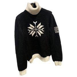 Chanel-Collector-Black,White