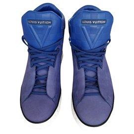 Louis Vuitton-Streetlight-Blue