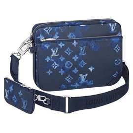 Louis Vuitton-LV Trio messenger watercolor-Blue