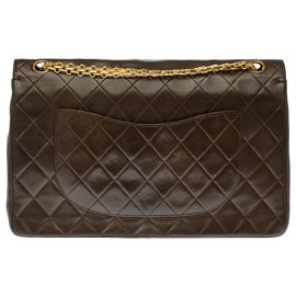 Chanel-Splendid and Rare Classic two-tone Chanel bag in brown and beige quilted leather, garniture en métal doré-Brown,Beige