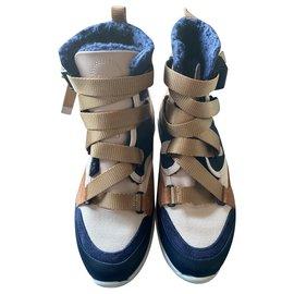Chloé-Sneakers-Beige