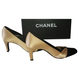 Chanel-Two-tone CHANEL pumps Beige black P36,5-37 Boite-Black,Beige