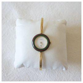 Gucci-Fine watches-Golden