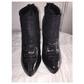 Aperlai-BLACK ZIPPED BOOT-Black