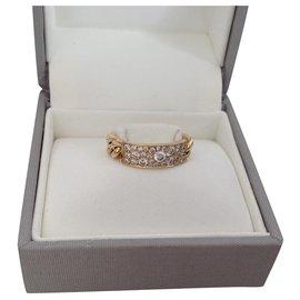 Dior-curb-Gold hardware