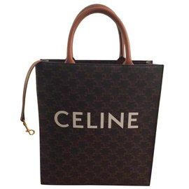 Céline-Canvas triumph-Caramel