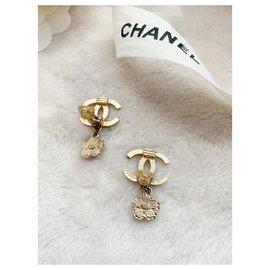 Chanel-CC flower logo earrings-Gold hardware