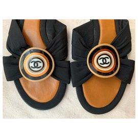 Chanel-CC logo sandals-Black,Hazelnut
