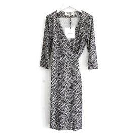 Diane Von Furstenberg-New Julian Dot Snake Black Dress-Black